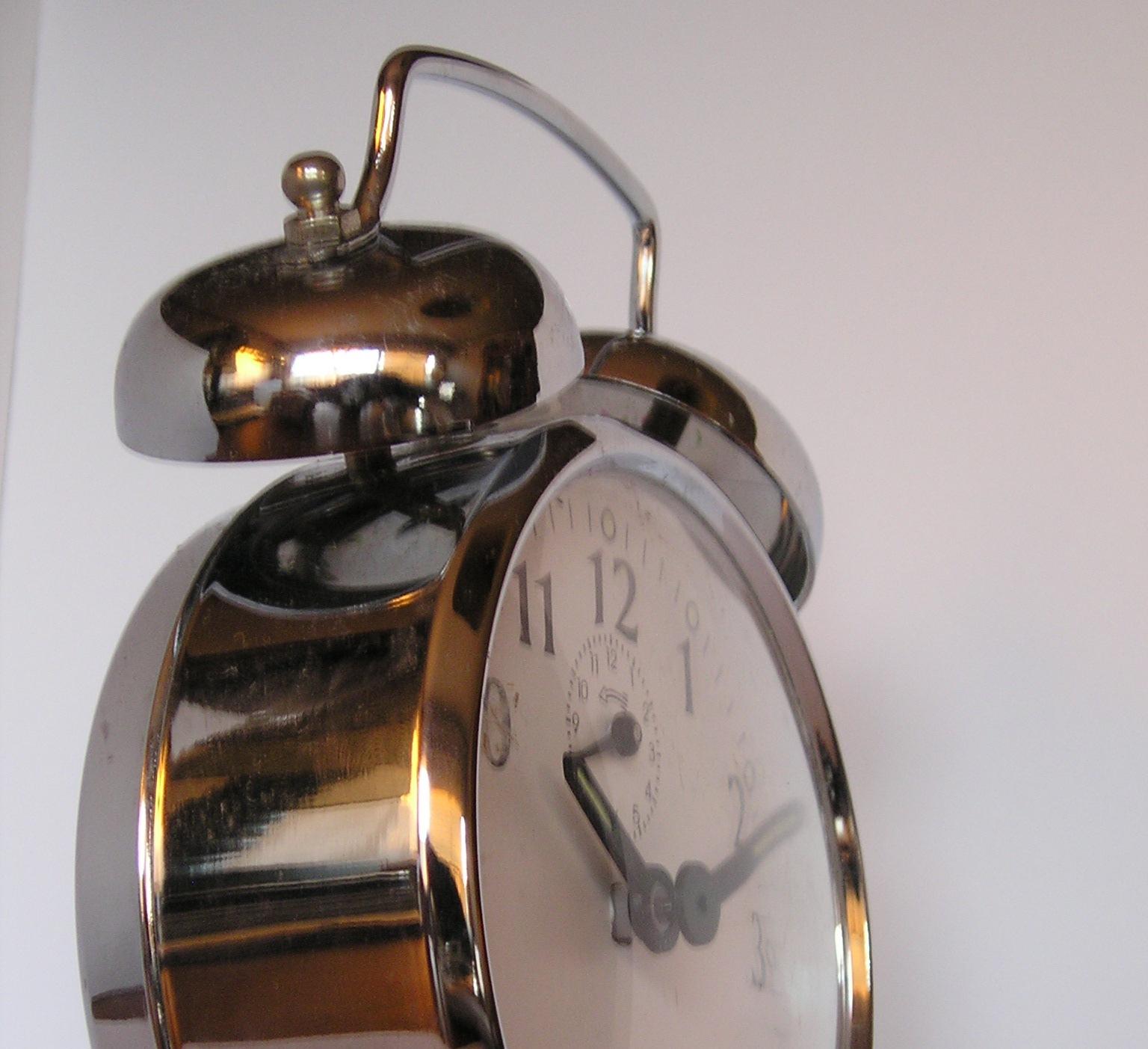 """""""Wer hat an der Uhr gedreht"""